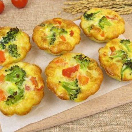 Muffini s brokulom i cherry rajčicama
