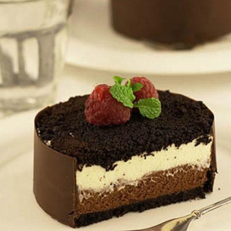 Chocolate mascarpone mini cakes