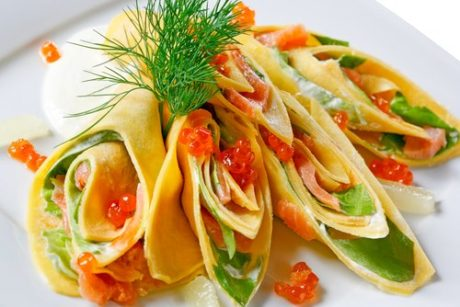 Palačinke s lososom i povrćem