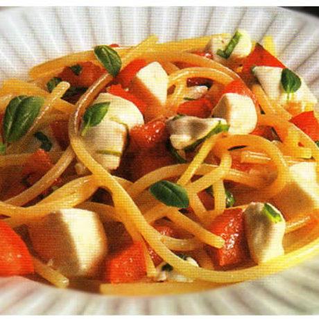 Špagete s mozzarellom