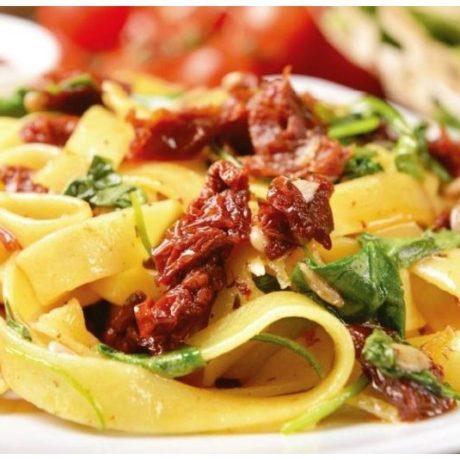 Talijanska salata od tjestenine s rukolom