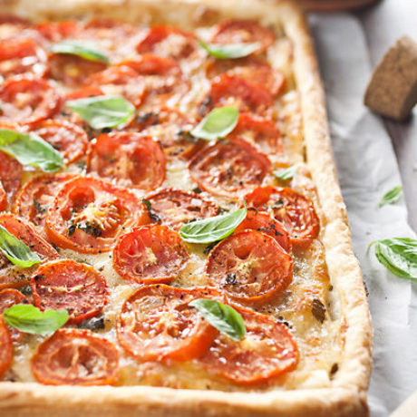 Tart s rajčicama i mozzarellom