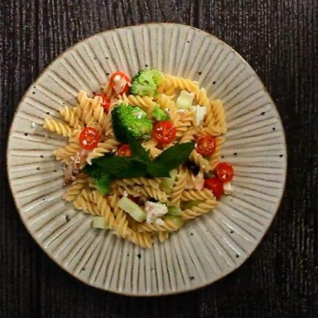 Salata od tjestenine i tune