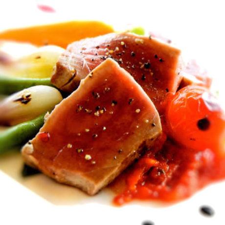 Tuna s povrćem
